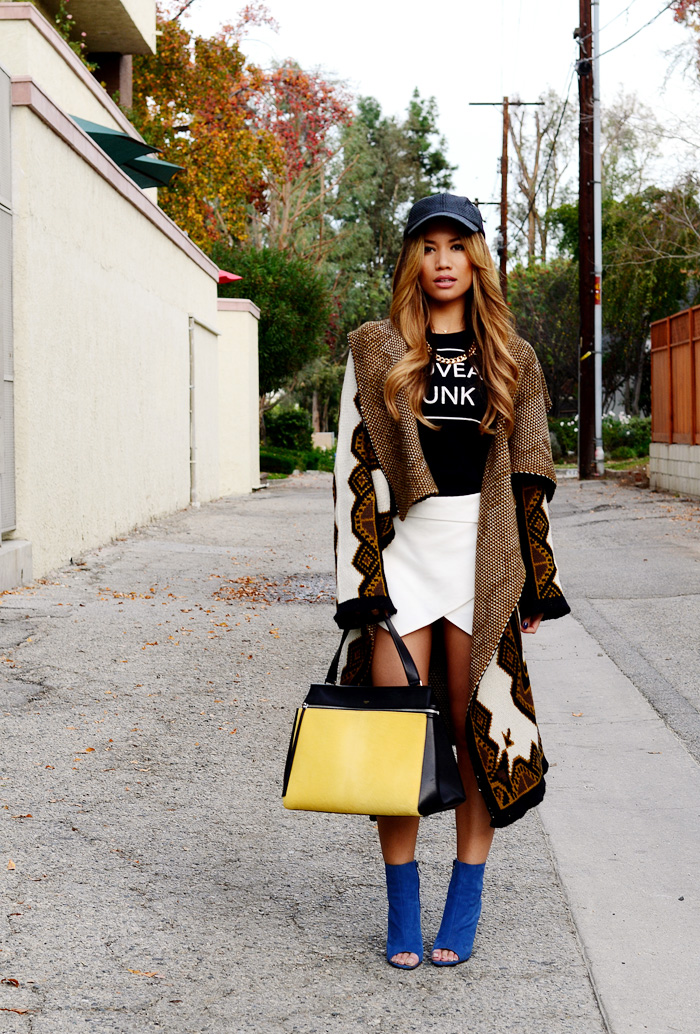 JessiMalay - RachelRoy - RachelRachelRoy - Zara -TonyBianco - booties -Celine - RayBan - blackcap - skort - bag - purse - highheels -heels - graphictee- blackandwhite - sweater - sweatercoat
