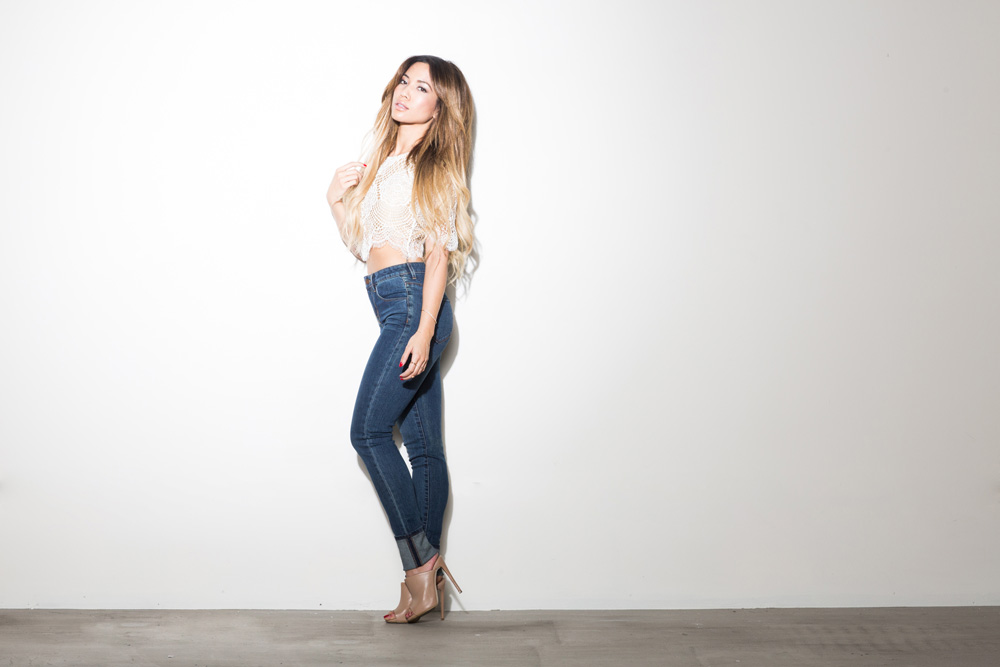- DSTLD High Waisted Skinnies - Jessi Malay - MyWhiteT - My White T - Fashion Blog - Fashion Blogger - Los Angeles