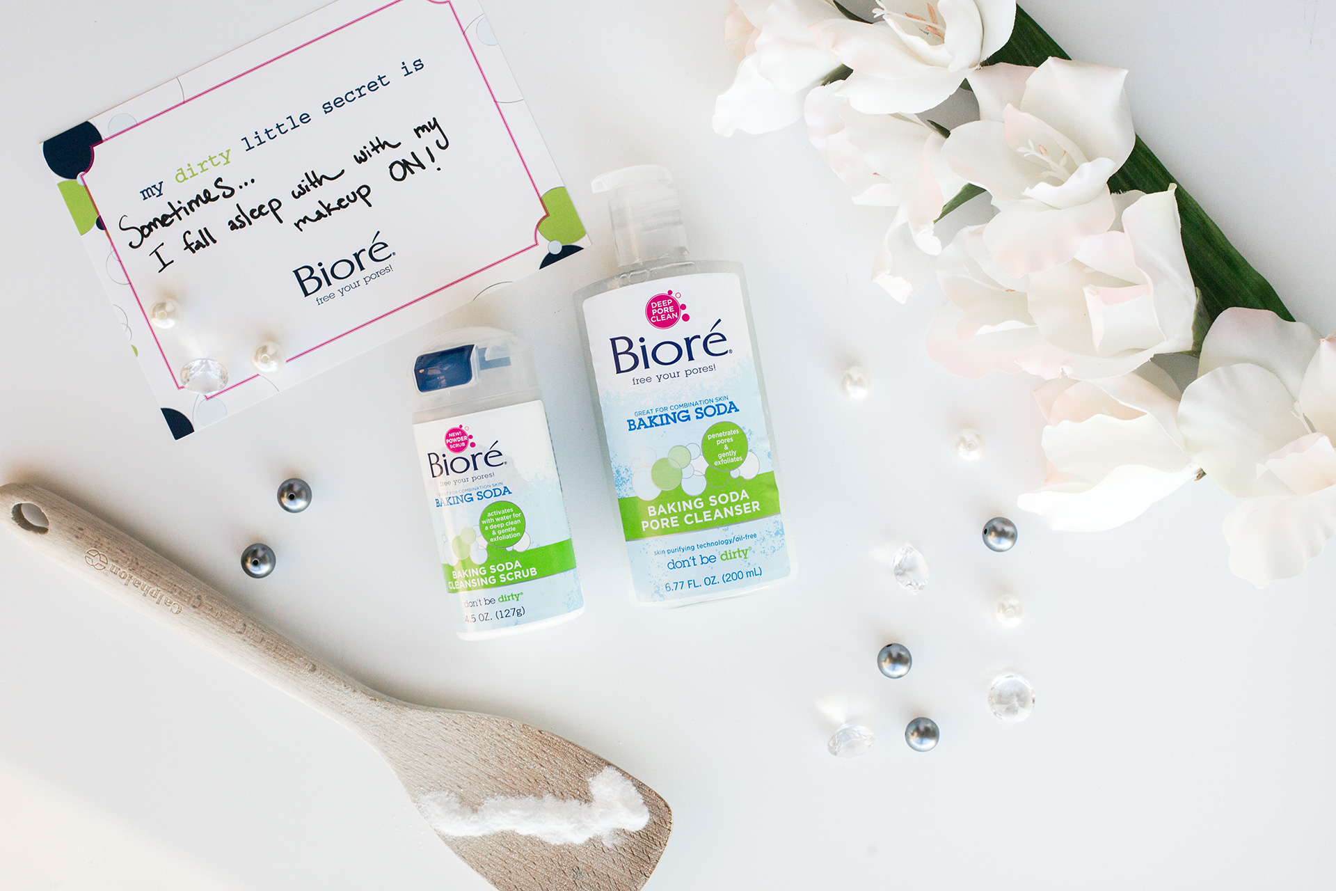 BIORE Baking Soda Cleansing Scrub and Pore Cleanser