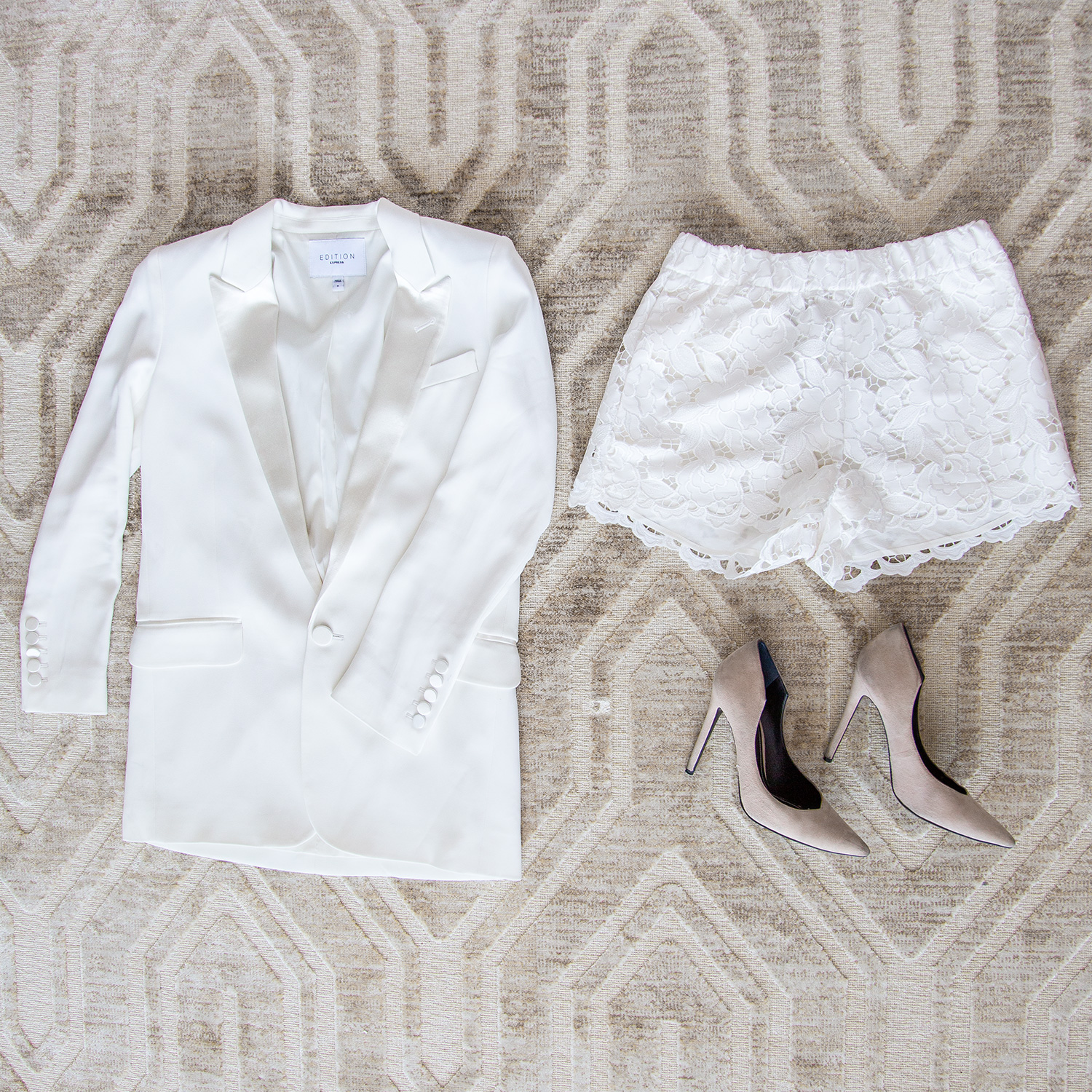 Express Edition Collection White Blazer
