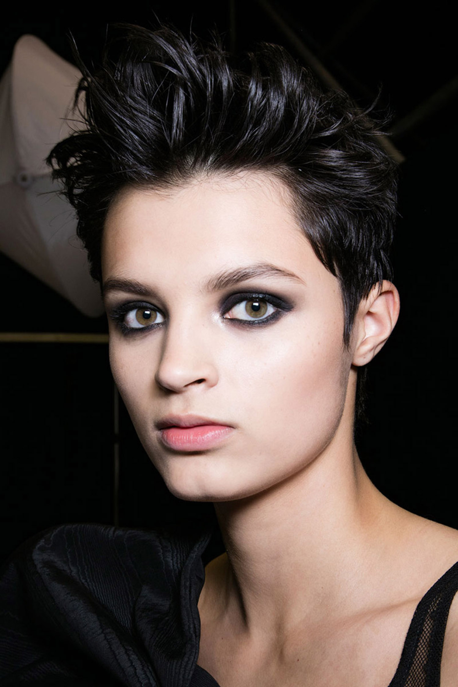 Smudged Eyeliner Make-Up Trend