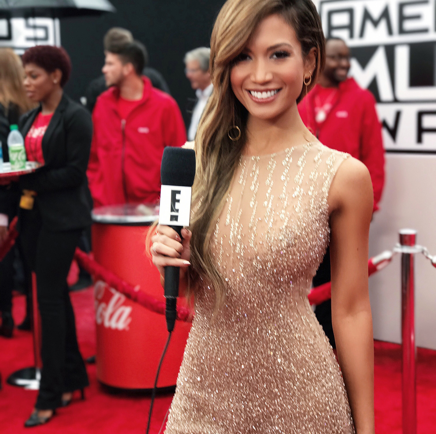 AMAs Recap + Best Dressed - mywhiteT