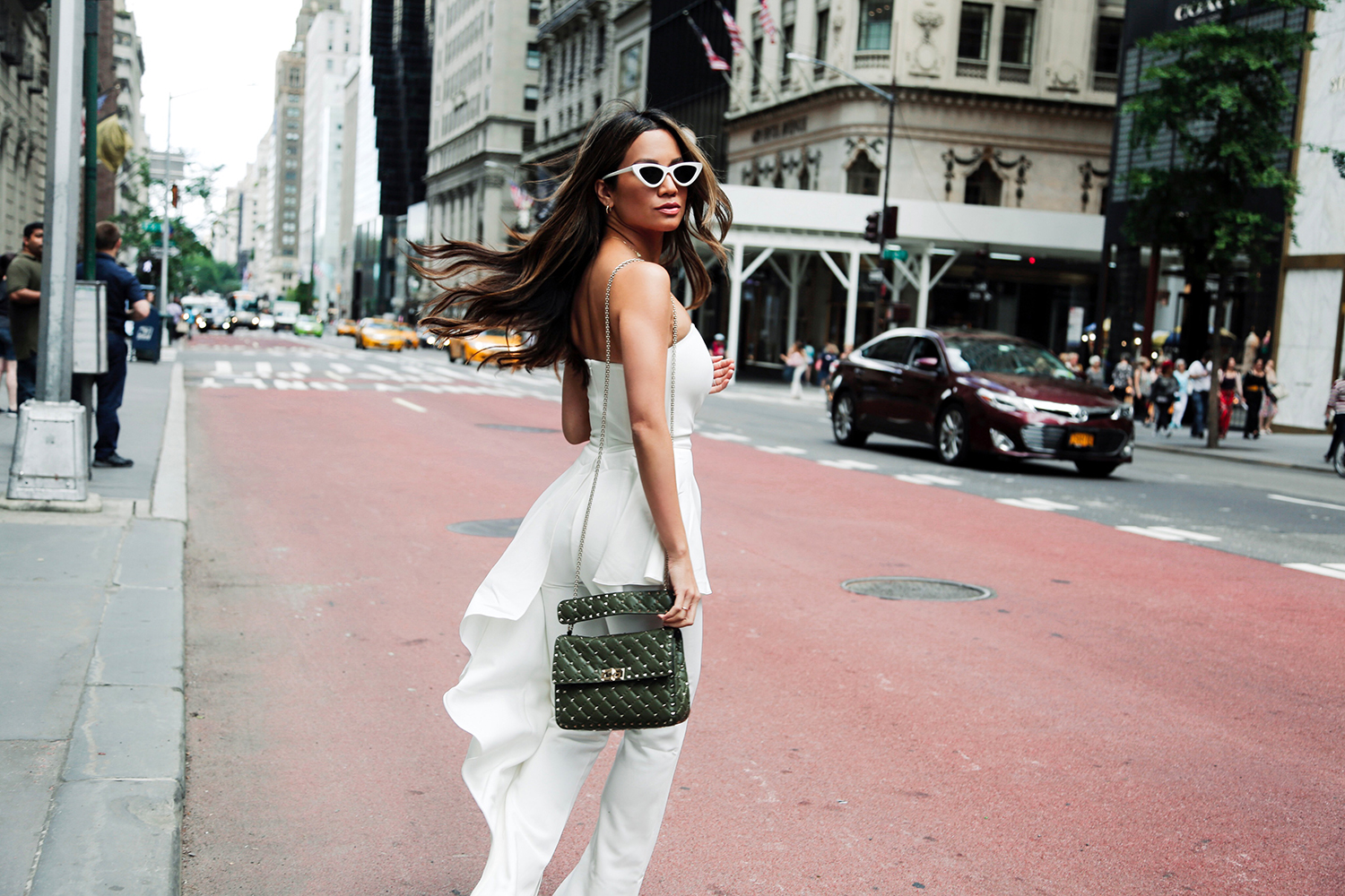 Jessi Malay Style Blogger Streetstyle