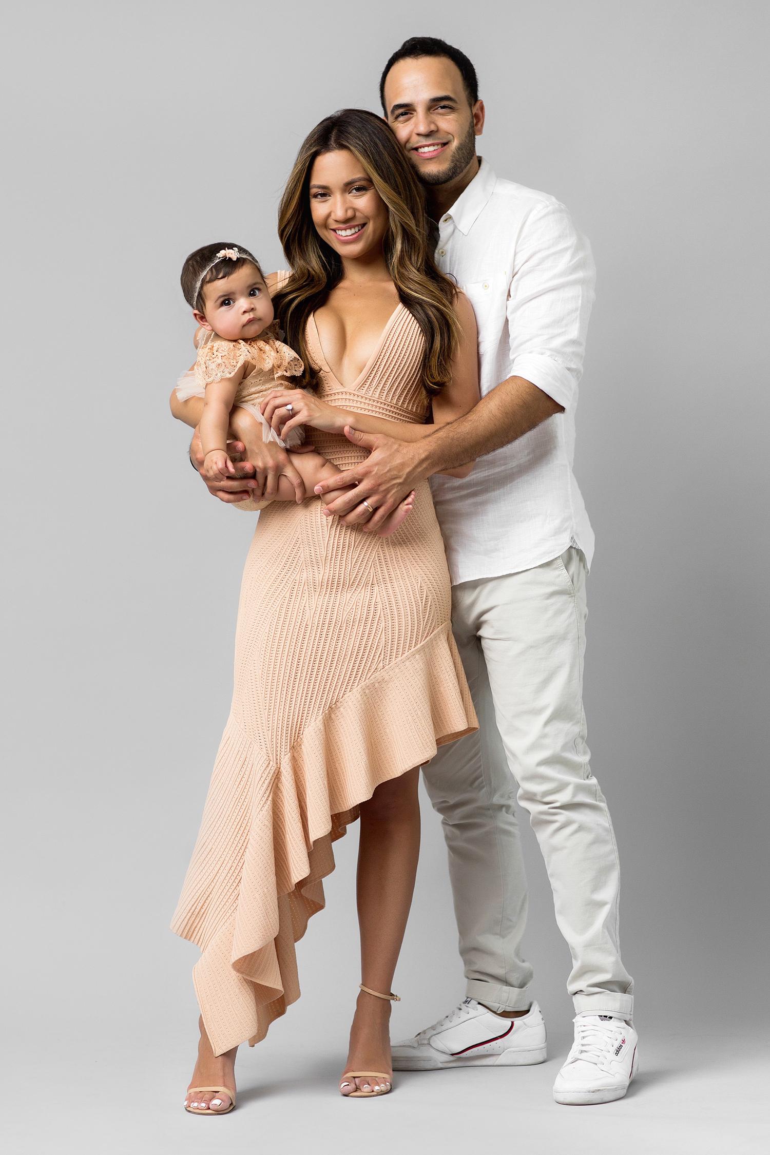 Jessi Malay family Santiagos