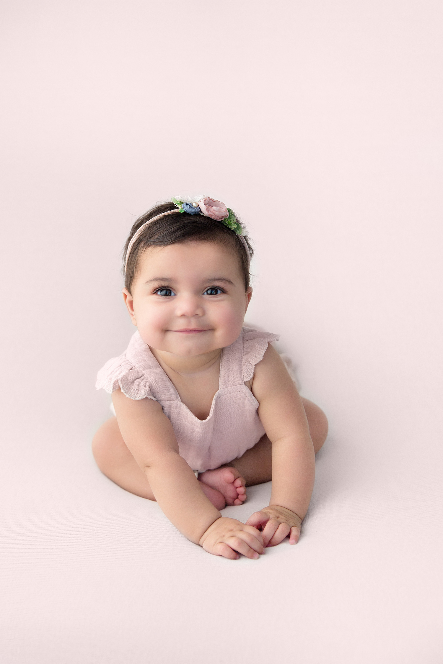 baby 6 month photos