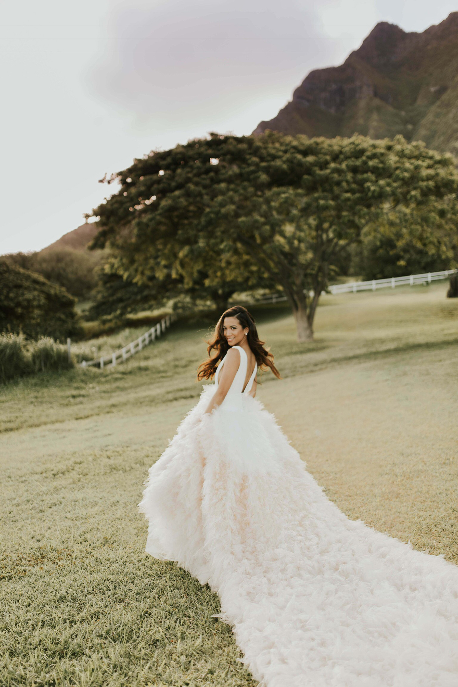 Jessi Malay Pronovias Bridal 2018