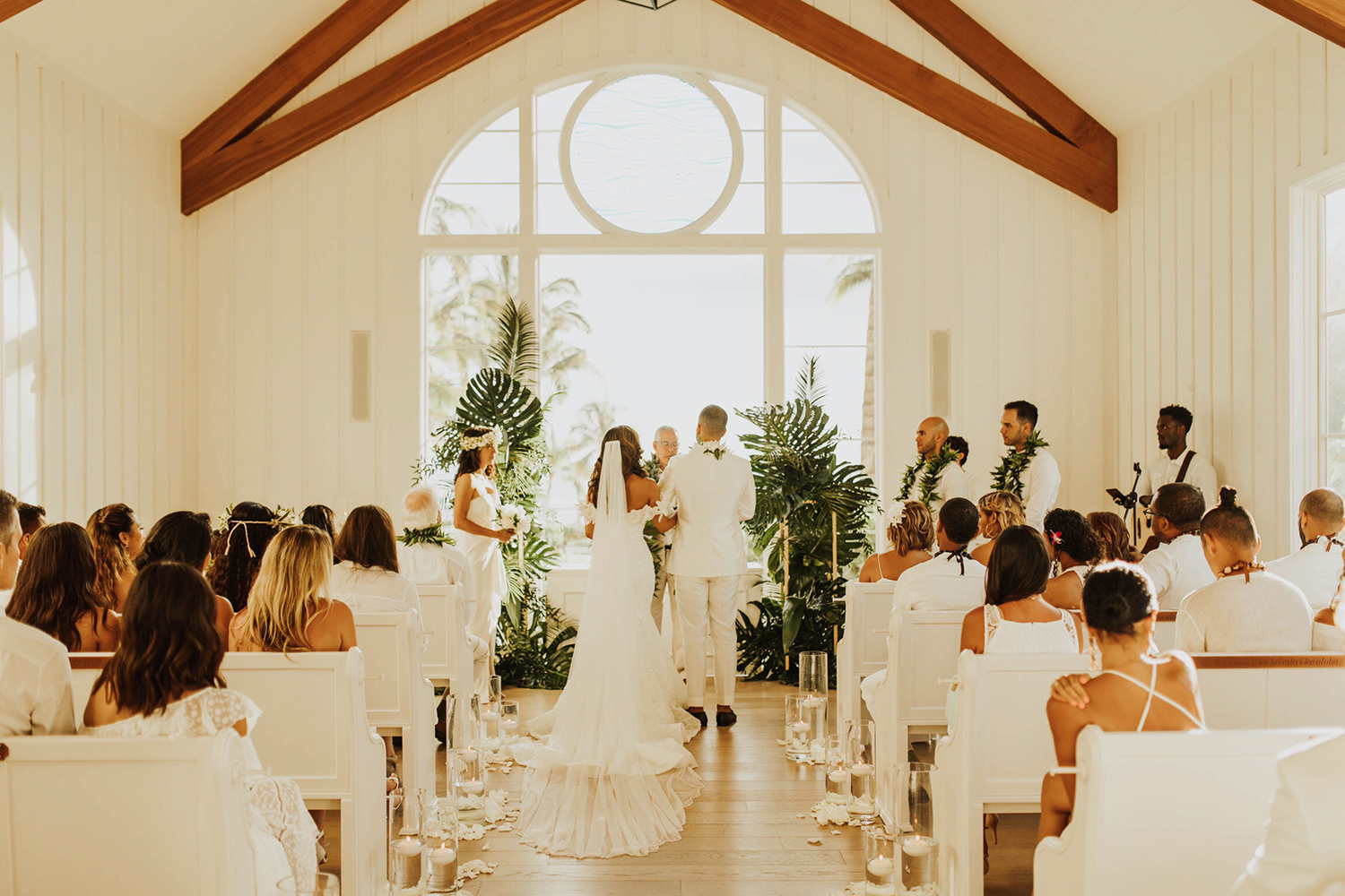 aisle decorations for indoor weddings
