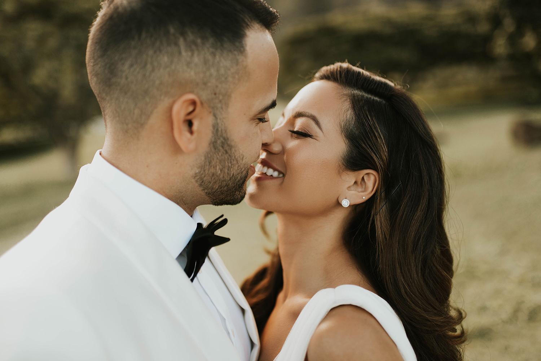 Outdoor wedding photography ideas