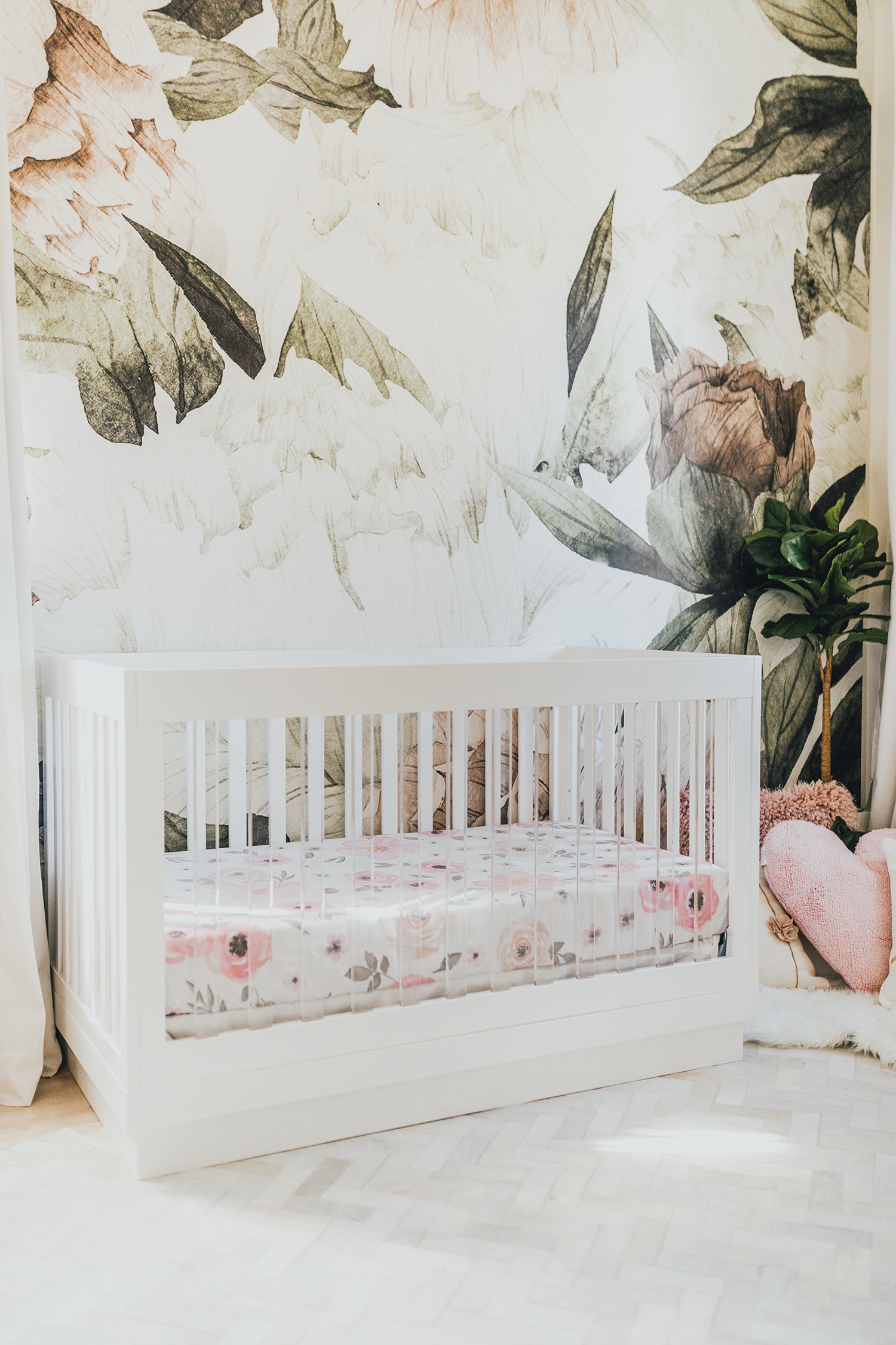 Babyletto harlow acrylic crib-3-in-1