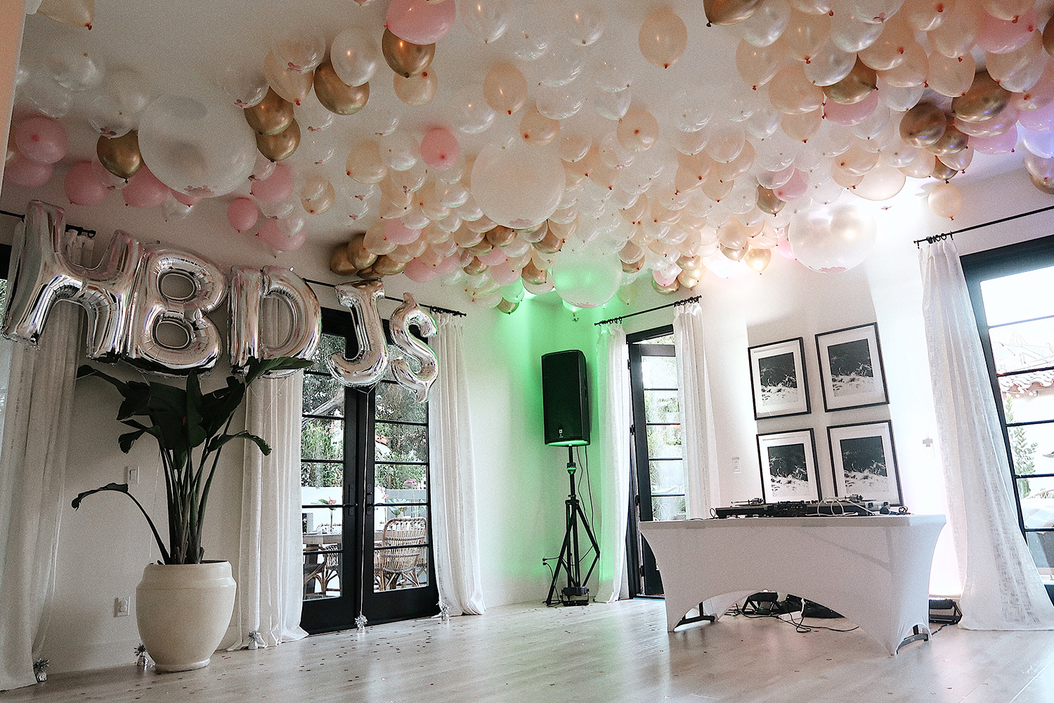 Birthday party DIY balloon decorations