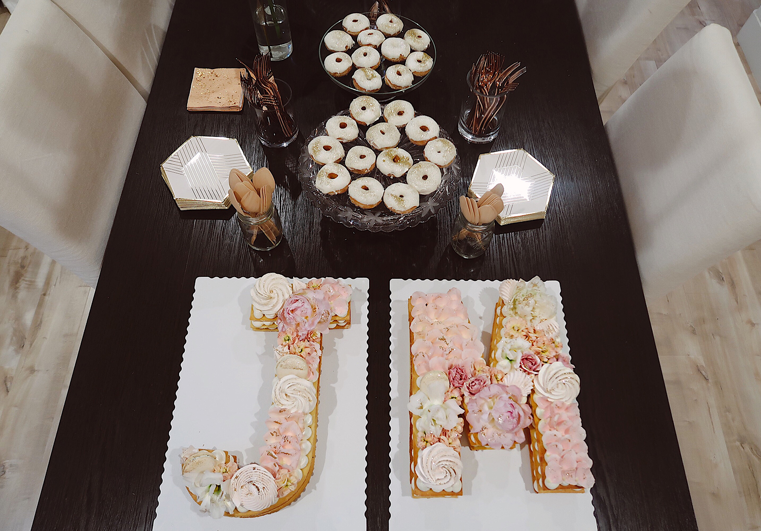 crumbles patisserie letter cakes