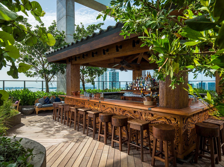 sugar rooftop bar east miami
