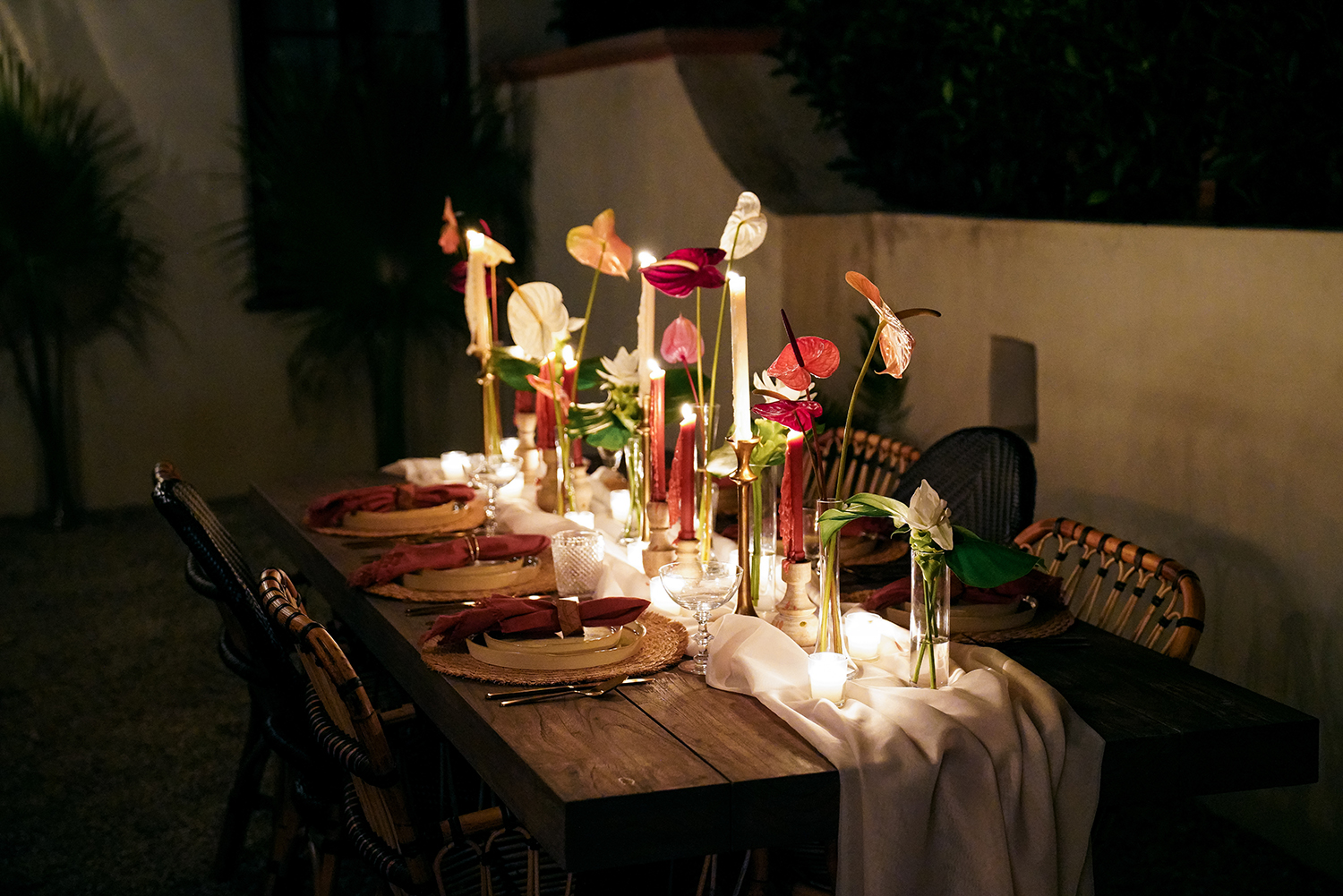 romantic tablescape decor