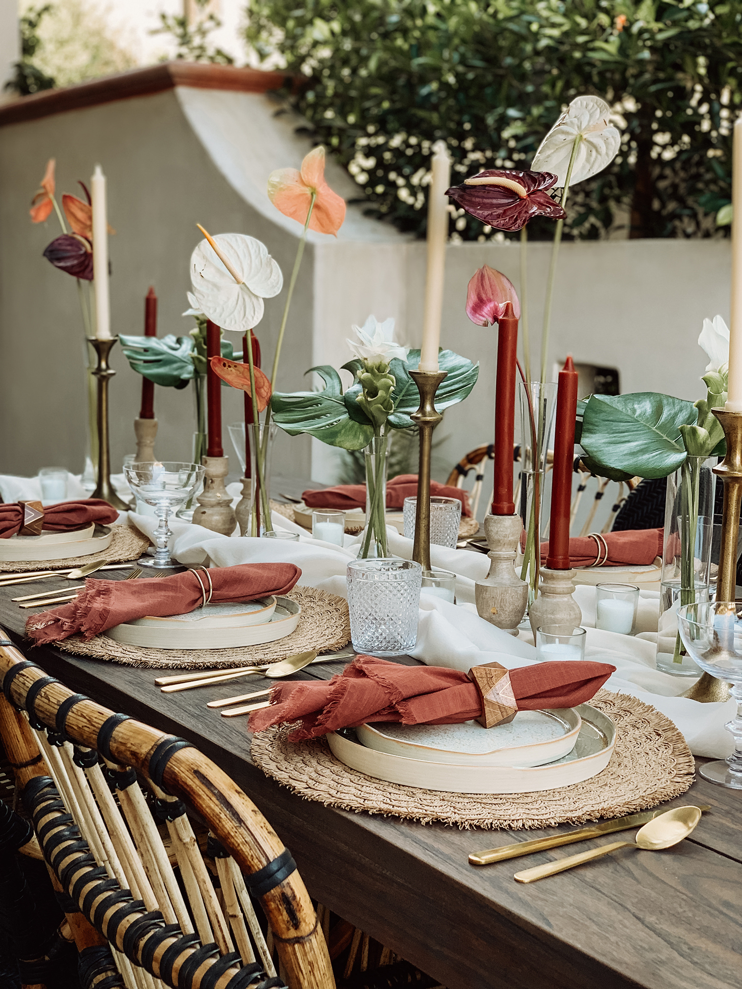 tropical tablescape ideas inspo tablescape