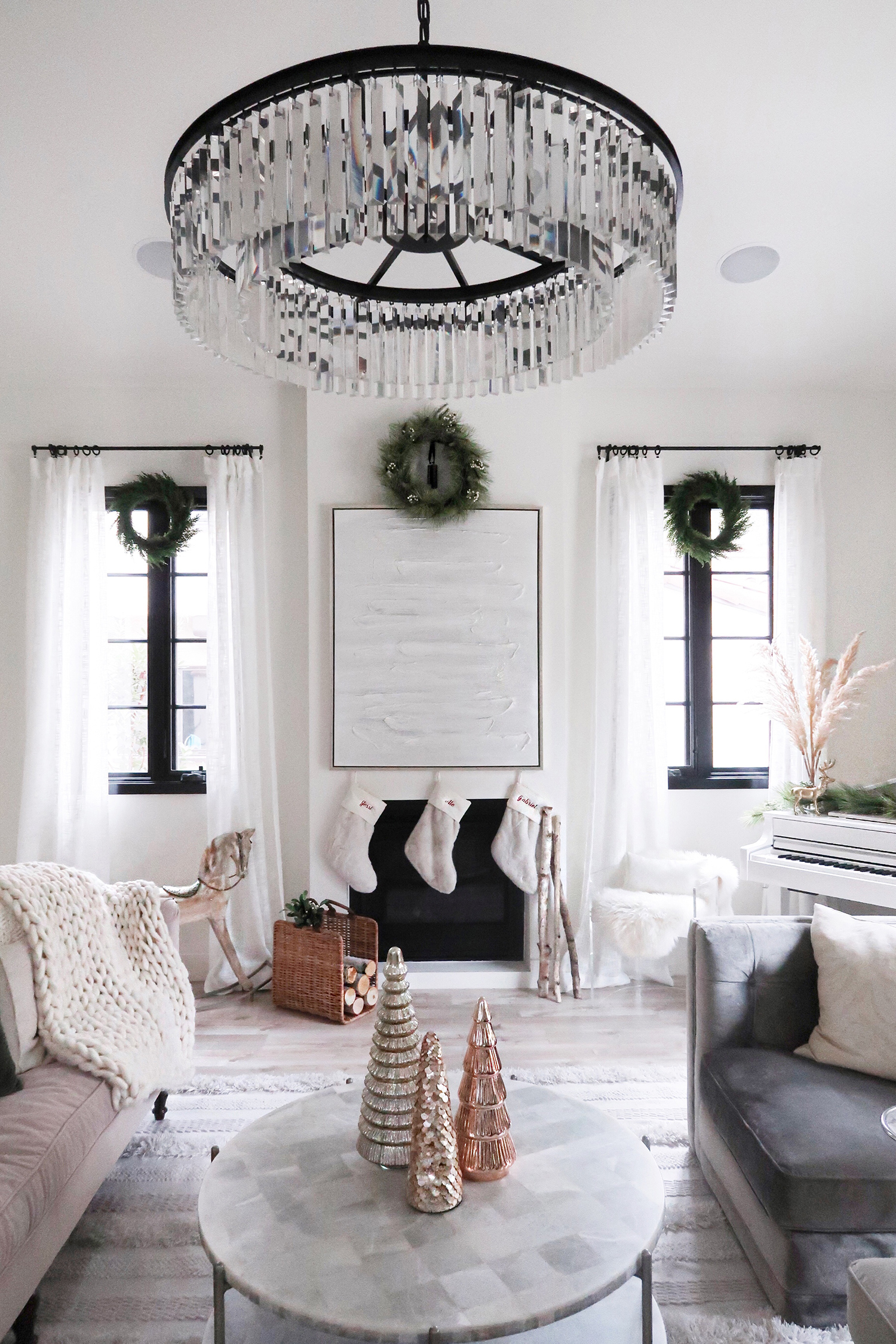 christmas decor ideas living room